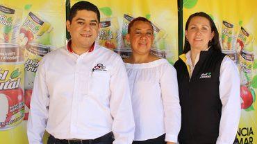 alimentos-maravilla-benefician-la-educacion-guatemalteca-escritorios-nuevos